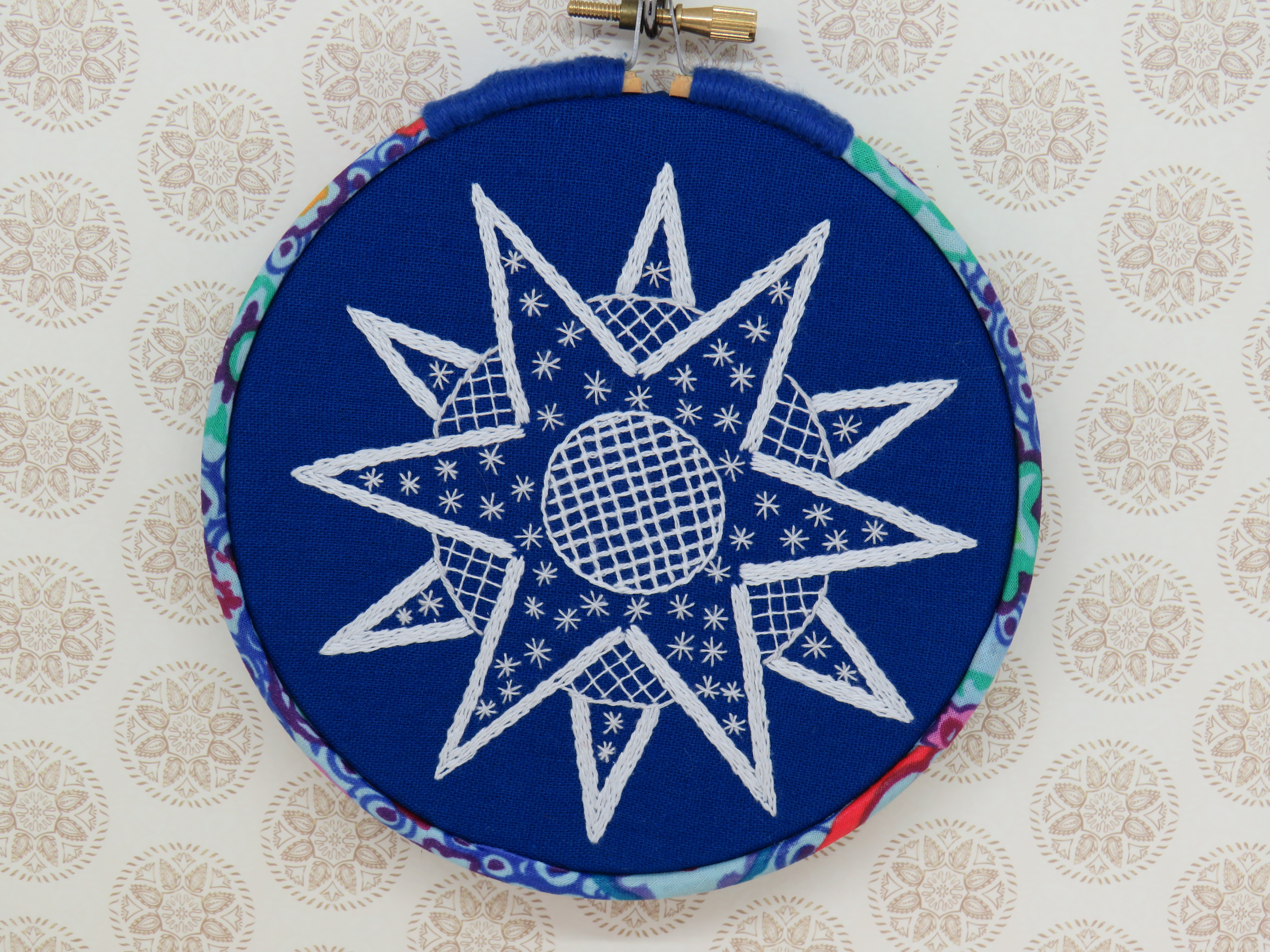 Star hand embroidery pattern by stitchdoodles