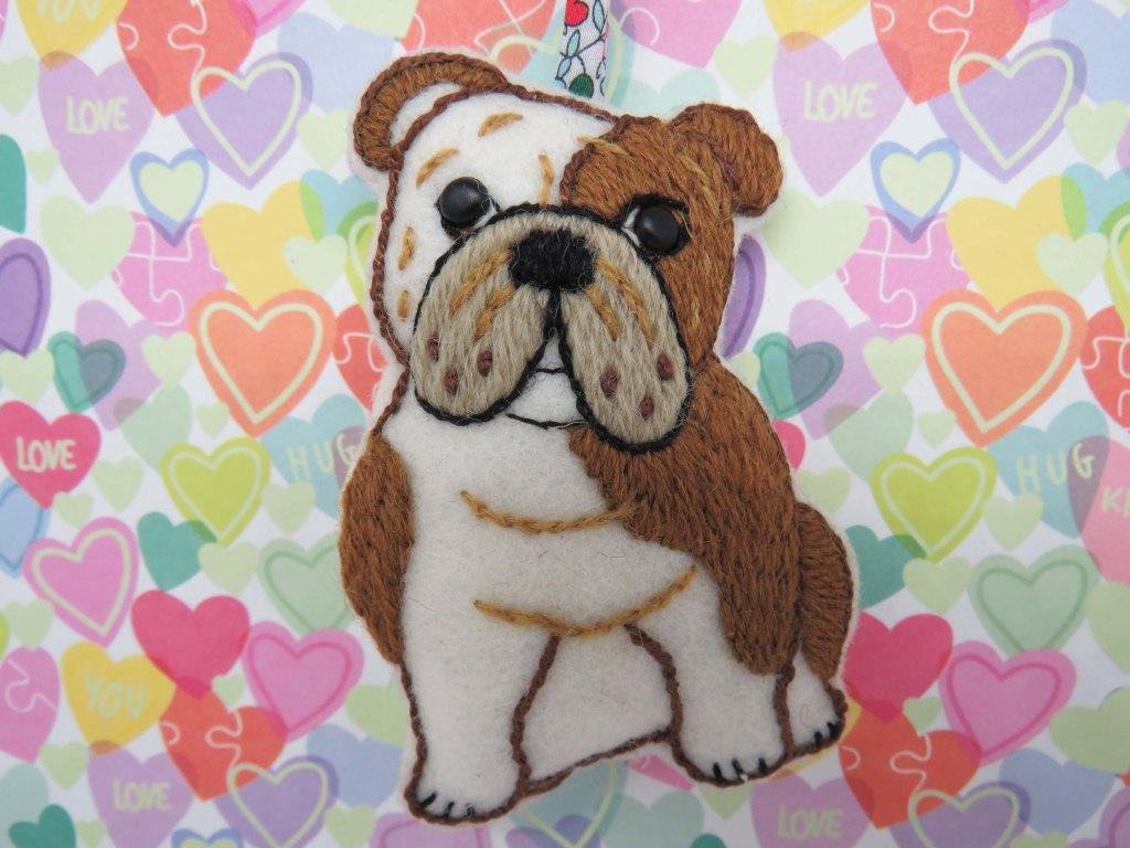 hand embroidery bulldog pattern
